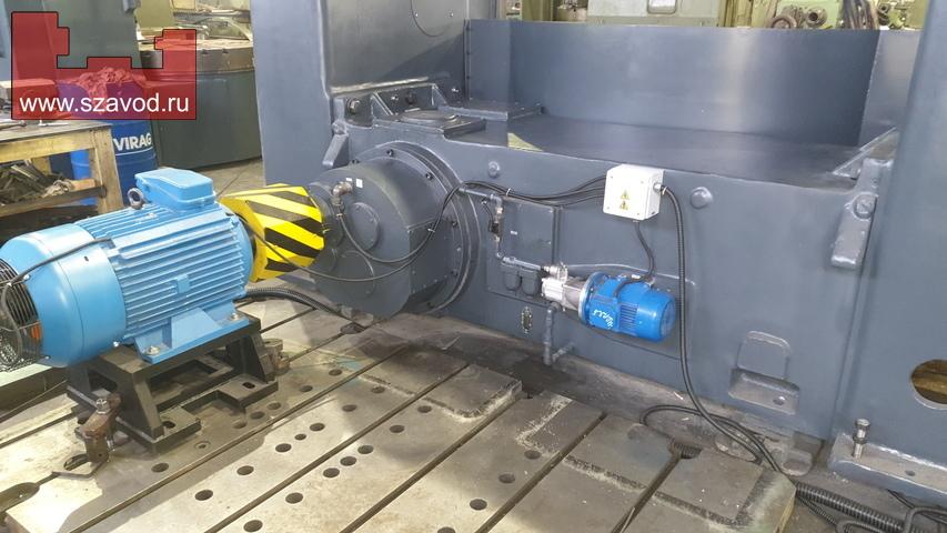 Главный привод токарно-карусельного станка 1525Ф1